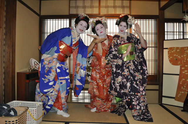 Becoming Geishas: A Japanese Makeover